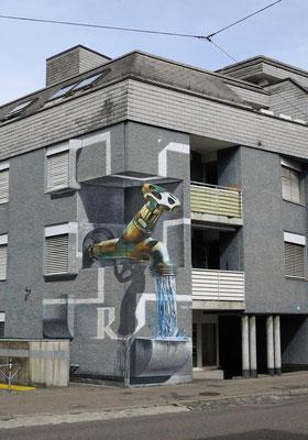 Anamorphic Mural Free Water: Baslerstrasse 144, Zürich. 4.5 m x 7.5 m.  Acrylic and Spraycan