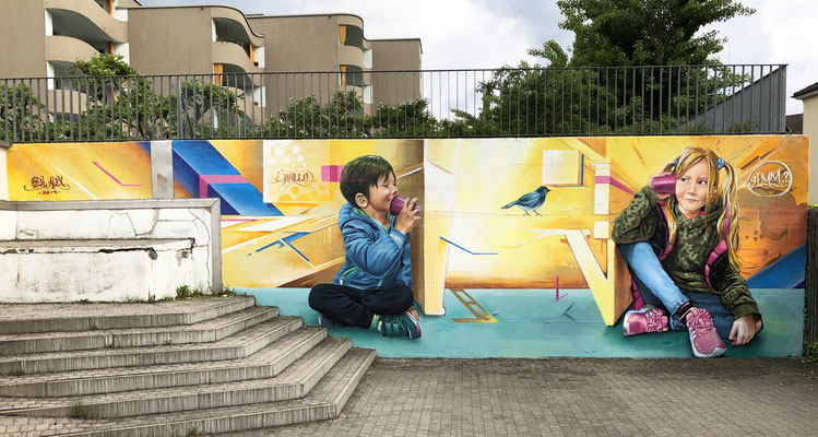 "Mural ""Hallo"", 3.2m x 9.0m, at Kinderhort."