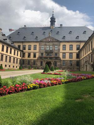 Ausflugsziele_rund_um_Frankfurt_Fulda_Schloss