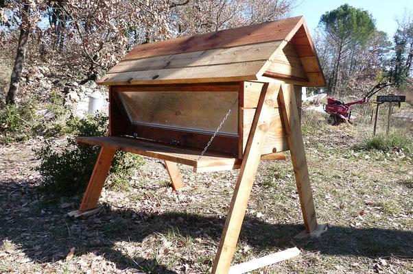 La ruche de l'association bzzz (Var)