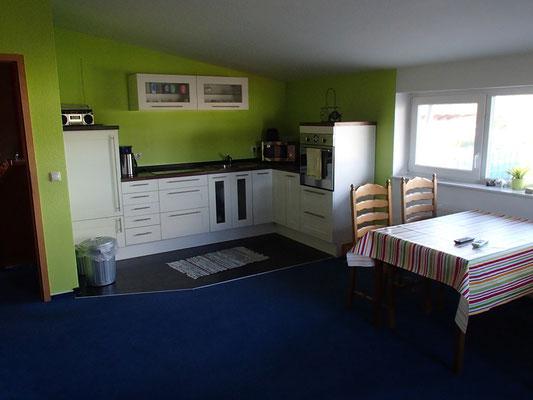 Wohnküche der KÄPPLER FeWo, Stade