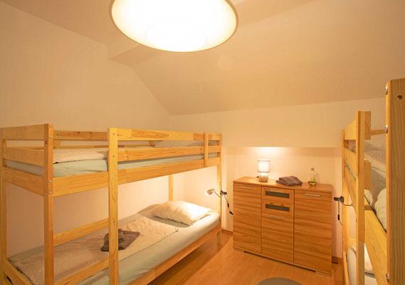 4-Bett Zimmer, Nebenhaus