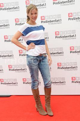"""Jessica Ginkel bei der """"Deutsche Fiction Brunch 2013"""" der ProSiebenSat.1 TV Deutschland im Café Reitschule auf dem FILMFEST MÜNCHEN am 03. Juli 2013."""