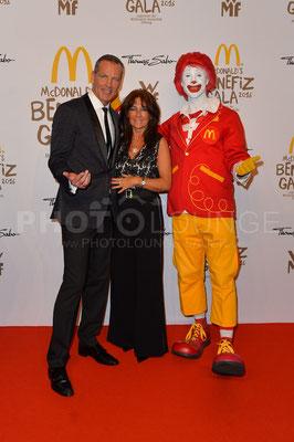 Henry Maske mit Ehefrau Manuela, Mc Donald's Benefiz Gala, 21.10.2016, Fotograf: Karsten Lauer / www.karsten-lauer.de