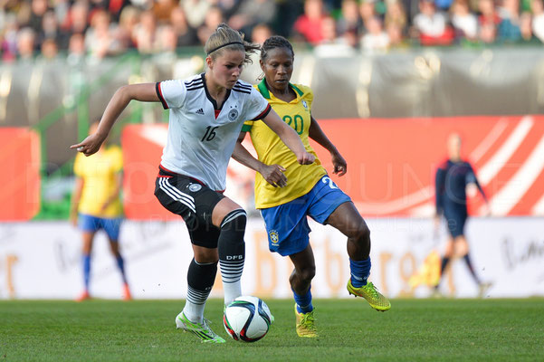 Melanie Leupolz - Deutschland vs Brasilien 4:0 - Fotograf Karsten Lauer / www.photolounge-lauer.de