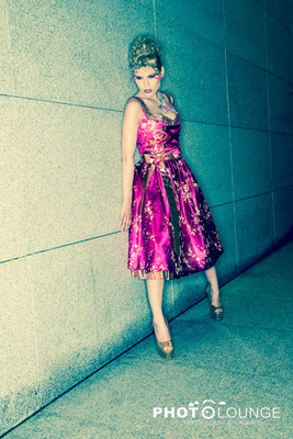 """Fashionshooting: """"Herzi Dirndl"""" by Pia Bolte; © Karsten Lauer"""