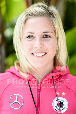 Svenja Huth beim Algarve Cup 2013; © Photolounge-Lauer