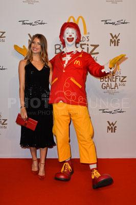 Cathy Hummels, Mc Donald's Benefiz Gala, 21.10.2016, Fotograf: Karsten Lauer / www.karsten-lauer.de
