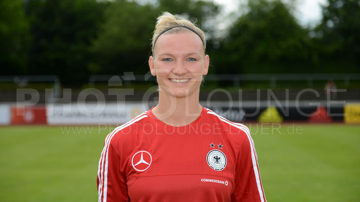 Alexandra Popp  /  Fotograf: Karsten Lauer/www.photolounge-lauer.de