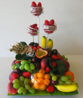 Corbeille de fruits à picorer pour 25 personnes