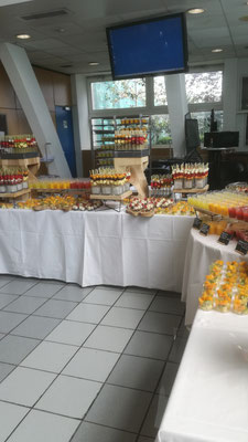 Buffet de fruits et jus de fruits ATR Toulouse-Blagnac.