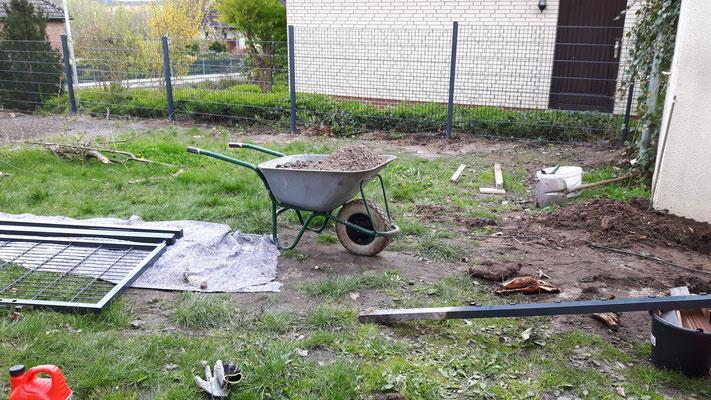 Erweiterung der TMK-Tagespflege Gartenanlage - Zaunbau.