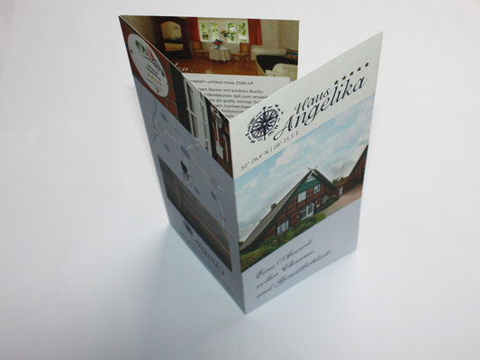 Flyer auf Naturpapier DIN lang 6-seitig