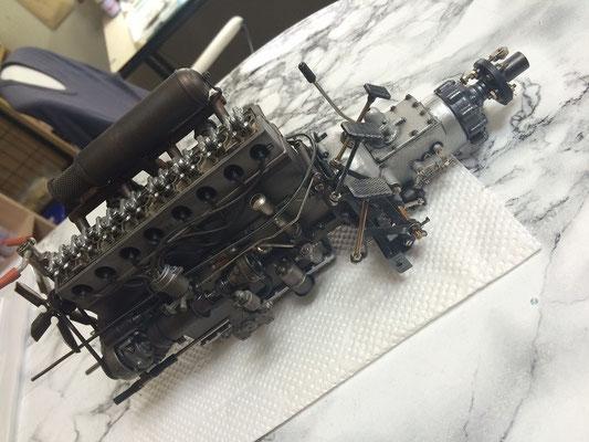 エンジンの概要がみえてきました。