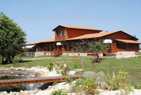 venta de hoteles de madera