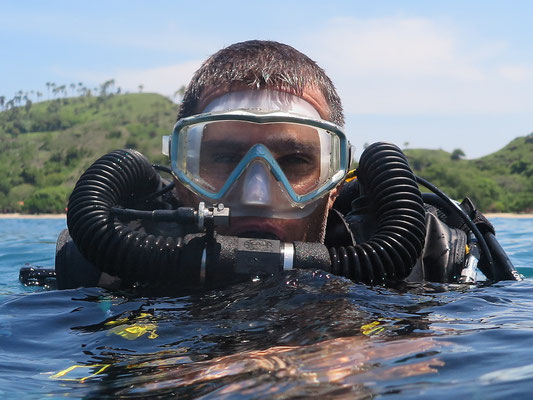 Ready to go down CCR Diving