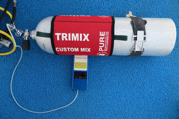 Trimix and anayliser, CCR Diving Tidak Apa'Pa Liveaboard