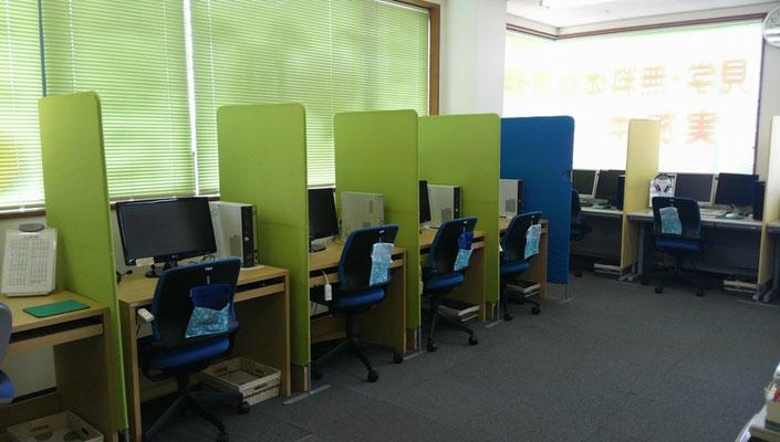 パソコン教室内観4