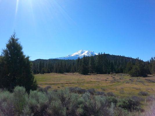Mount Shastina und Mount Shasta