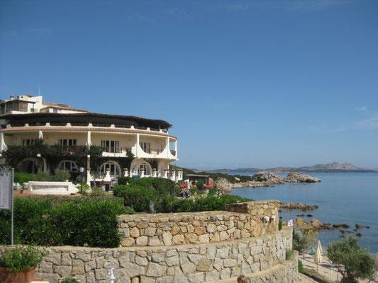 Baia Sardinia - Das Hotel direkt am Strand