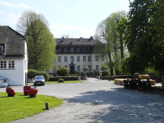 Das ist dann das Wohnhaus des Grafen und der Gräfin.