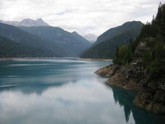 Ein Blick auf den See und ein paar von