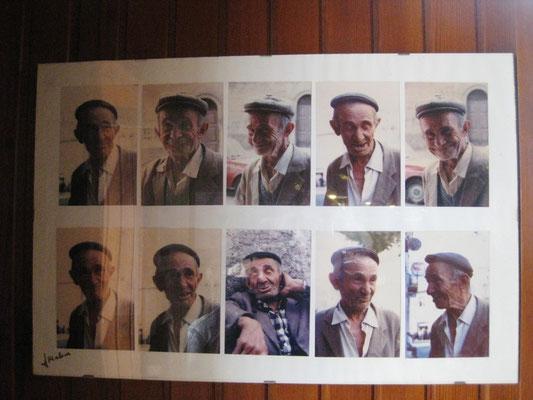 Das letzte Bild der Kamera heute: Ein tolles Gesicht in vielen Varianten in einer Café-Bar