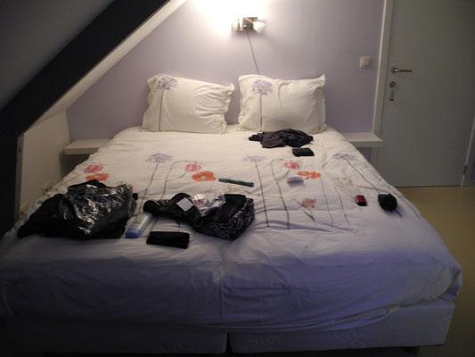 Ankunft in Arendonk und Bezug des wunderschönen Zimmers