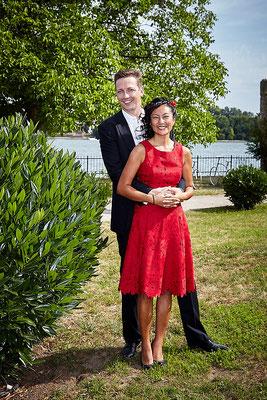 Brautpaar am Rhein