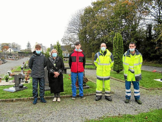 Mission nettoyage du cimetière