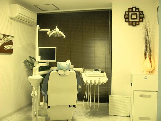 「予防歯科」専用個室です。歯のクリーニング、歯周病の予防や治療など主に歯科衛生士が使用いたします。