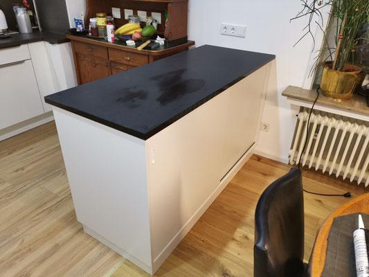 Theke mit Granit Platte