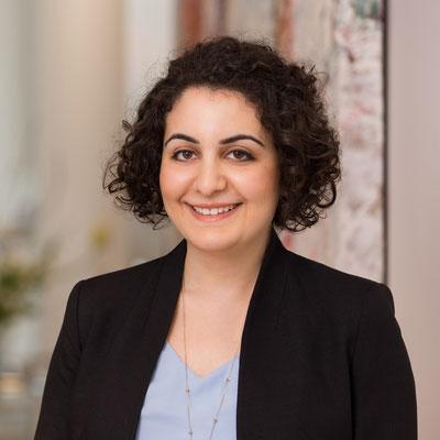 Frau Rüya Atac / Grundlagen zur Digitale Organisation & Richtige Organisation zum Digitalen Unternehmen