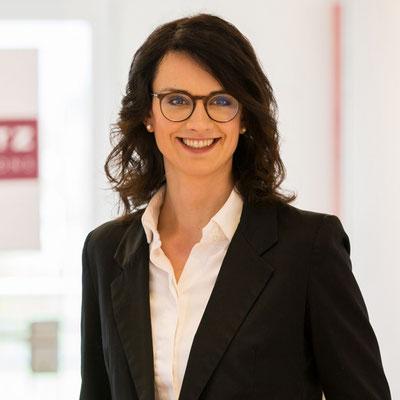 Frau Violetta Koss / Grundlagen zur Digitale Organisation & Richtige Organisation zum Digitalen Unternehmen