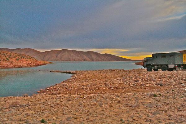 Allrad-Expeditionsmobil-von-Toe-Experience®-unterwegs-in-der-Welt-aus-Erfahrung-besser-Nach-Kundenwunsch-und-auf-Maß-erstellt
