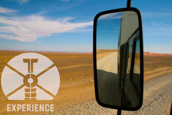 Toe-Experience - Einsame Pisten im Expeditonsmobil/ Expeditions-Wohnmobil - auf echter Erfahrung - sicher, stabil - komfortabel im Allrad-Weltreisemobil. top to toe experience lifelong. world wide travel experience.