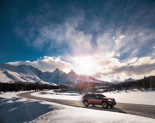 Icefields Parkway highway © Travel Alberta