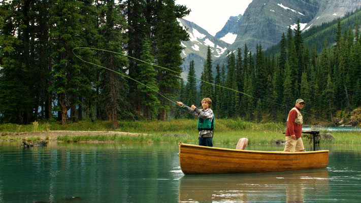 Fishing Jasper National Park © Travel Alberta, Sean Thonson