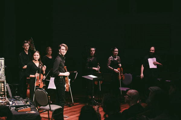 The Ensemble with Peter Pichler at the concert.