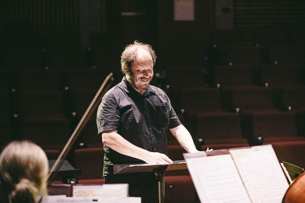 Lindsay Vickery (Conductor)