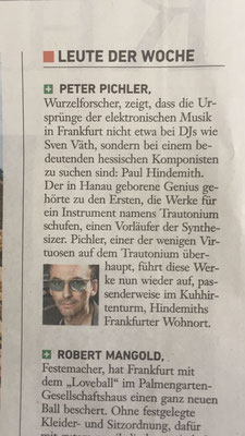 Die Presse nennt mich hier Wurzelforscher. Auf der Frankfurter Musikmesse nennen sie mich Dr. Dr. Prof. Der-große-Bum
