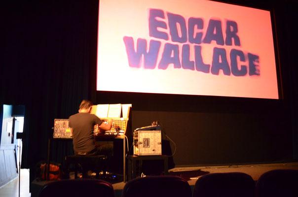 mit Edgar Wallace...