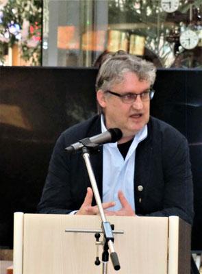 ...und der 1. Vorsitzende des Schachkreises West Klaus Böse.