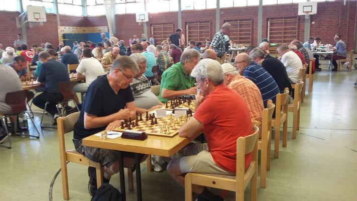 ...waren die beiden Spieler vom Schachclub Ansbach...