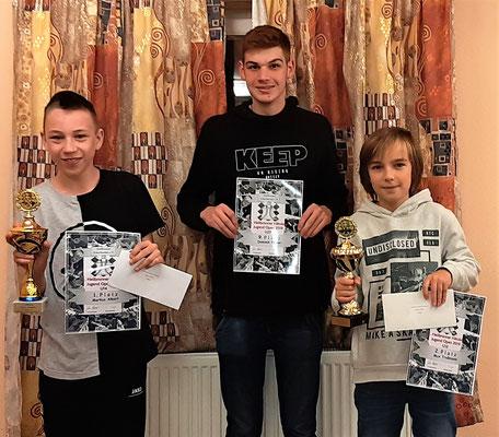Das Siegerfoto: Von links nach rechts: Markus Albert, Domink Pelzer und Max Troßmann,