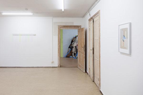 """Ulrich Vogl, """"Hollow Flags"""", 2019 / 2018   Meike Kuhnert & Michel Aniol, """"Bearing and Weighing - Circular Thinking"""", 2019   Detlef Wendorf, Studie Architektur, 2018"""