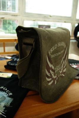 FRED HARBOUR-canvas waxing bag-Leinen gewachste Tasche09