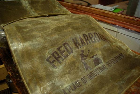 FRED HARBOUR-canvas waxing bag-Leinen gewachste Tasche05