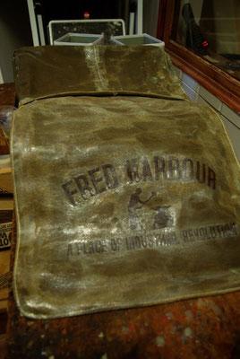 FRED HARBOUR-canvas waxing bag-Leinen gewachste Tasche04