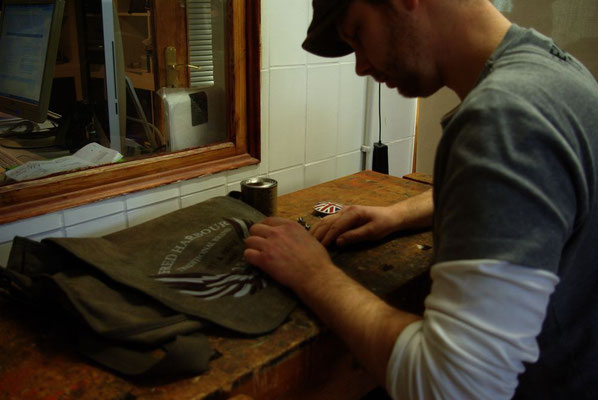 FRED HARBOUR-canvas waxing bag-Leinen gewachste Tasche02